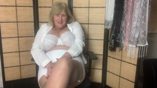 Hot Mature Step Mom in Girdle and Stockings fingers her wet Pussy