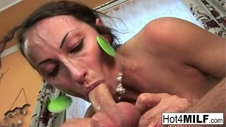 MILF gets her pussy and ass fucked