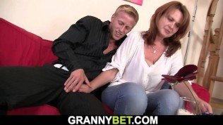 Old Drunk Busty Mature Woman Picked Up And Fucked